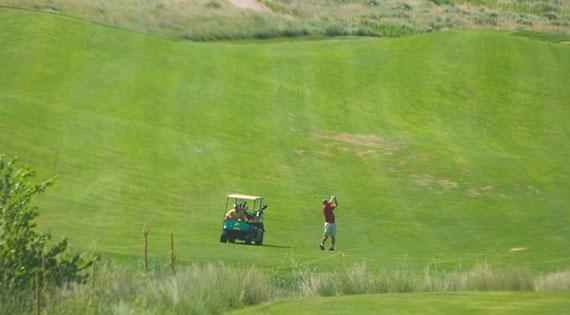 keith-co-golfing