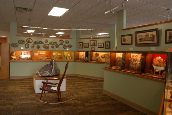 Petrified Wood and Art Gallery, Ogallala, NE